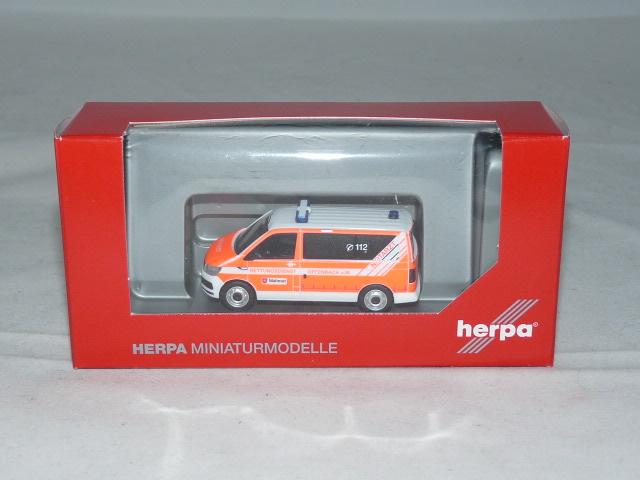 H 093415