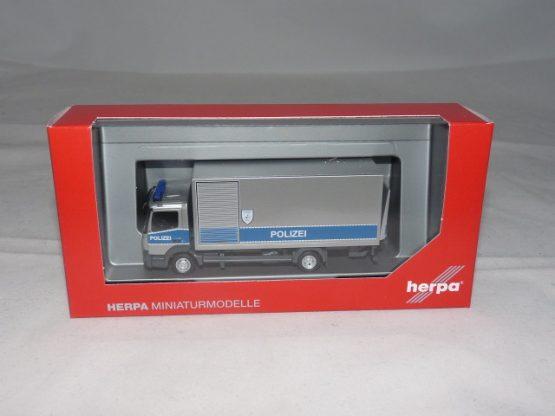 H 093538
