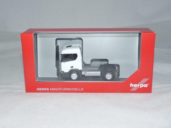 Herpa 309011 Scania CR XT Niederdach Bau Zugmaschine 2achs LKW weiß Scale 1 87