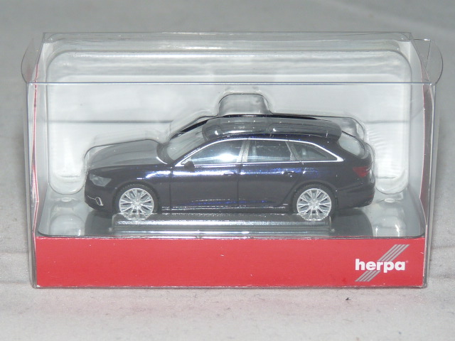 Herpa 430647-002 1//87 Audi A6 Avant firmamentblau metallic Neu