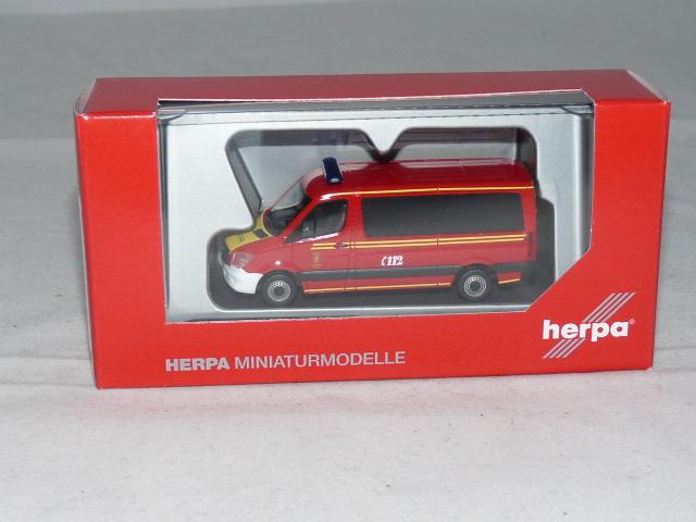 Herpa 094733 h0 automóvil Mercedes Sprinter autobús FD mzf branddirektion Munich