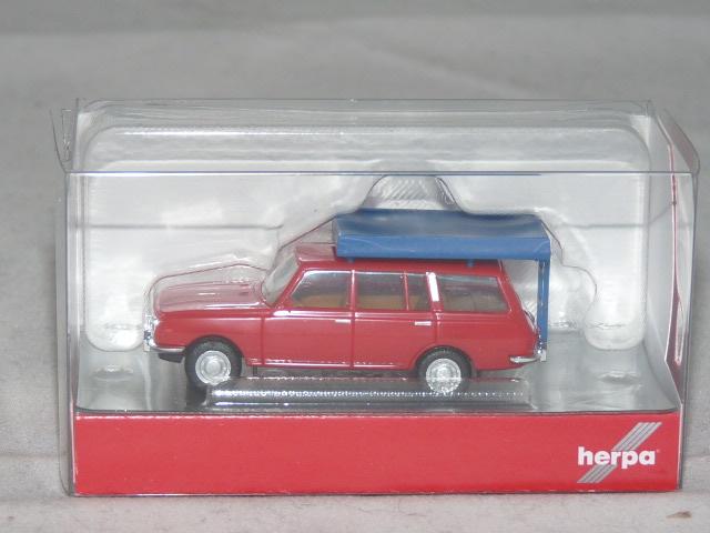 Herpa 420549-1//87 Wartburg 353 `66 Tourist mit Dachzelt im Fahrzustand rot